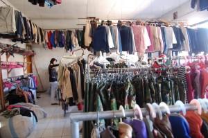 Bisnis Pakaian Bekas