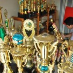 Sentra Usaha Jasa Pembuatan Piala dan Souvenir
