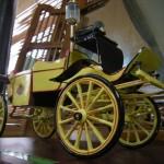 Kreasi Miniatur Kereta Kraton