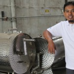 Setelah Jatuh Bangun, Akhirnya Rizki Sukses Berkat Mesin Vacum Friying